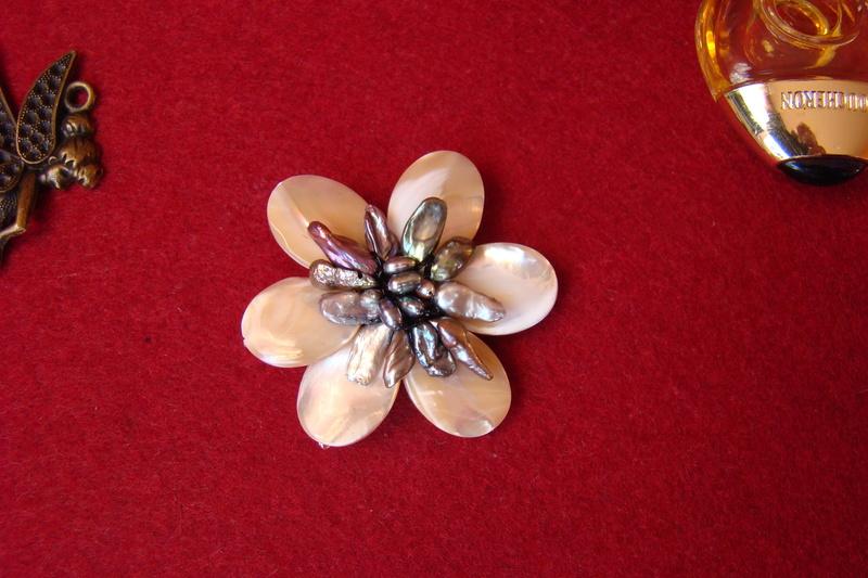 """""""Flori de piatră-Bijoux"""" albumul I-bijuterii artizanale marca Didina Sava Colier30"""