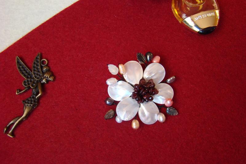 """""""Flori de piatră-Bijoux"""" albumul I-bijuterii artizanale marca Didina Sava Colier31"""