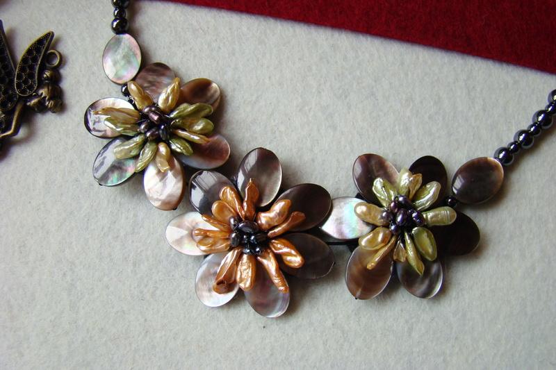 """""""Flori de piatră-Bijoux"""" albumul II-bijuterii artizanale marca Didina Sava - Pagina 15 Colier84"""
