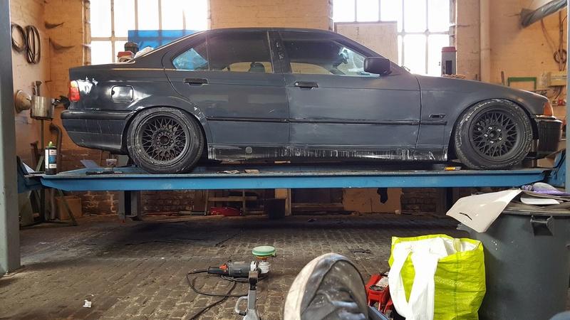 BMW E36 320i pour faire du Grift - Page 7 23610