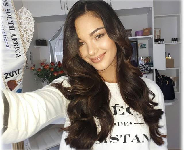 Demi-Leigh Nel-Peters  - MISS UNIVERSE 2017 - Official Thread  17862312