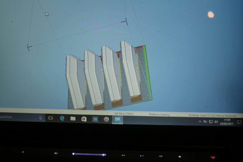 SOCLE imprimé en 3D  Img_3211