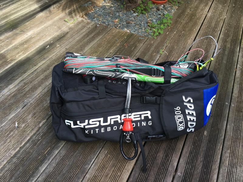 (Vendue) Flysurfer Speed5 9m complète 1050€ Img_2713