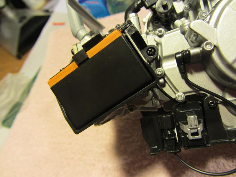 DUCATI SUPERBIKE 1299 PANIGALE S -  1:4 - Pocher gebaut von XEDOS - Seite 2 Img_6236