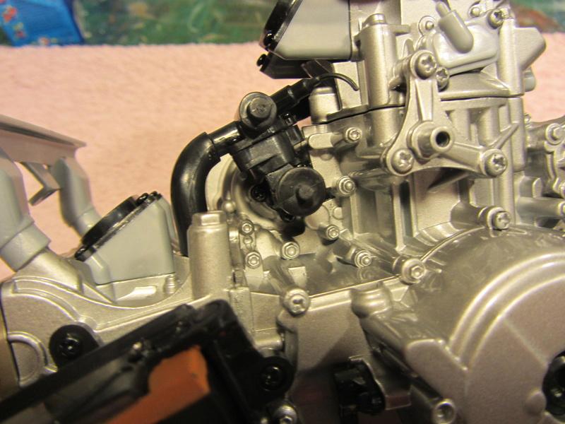 DUCATI SUPERBIKE 1299 PANIGALE S -  1:4 - Pocher gebaut von XEDOS - Seite 2 Img_6237