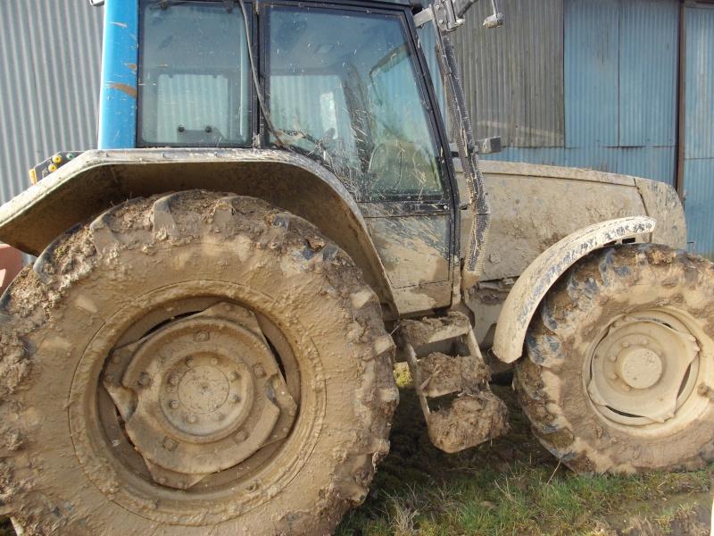 Concours du tracteur le plus cradingue - Page 10 00112