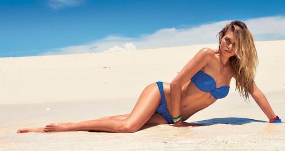 Bikini sur la plage La_nou10