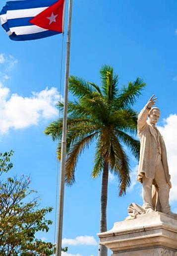 Estatua del Apóstol José Martí en el Parque Central de La Habana 18921710