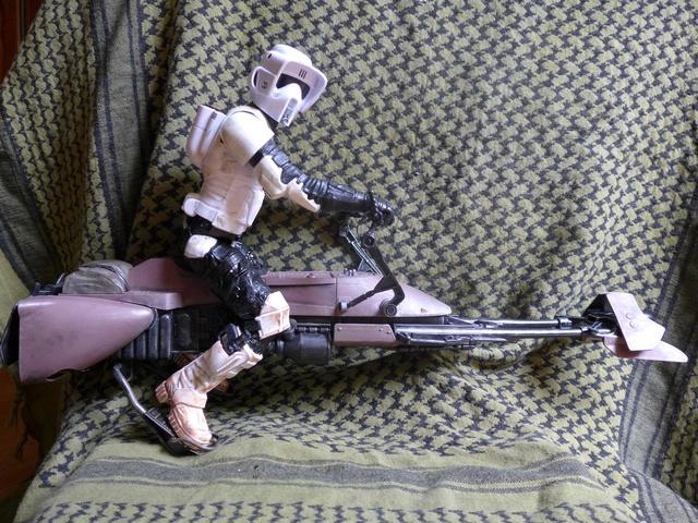 """Titan speeder bike 12"""" P1010415"""