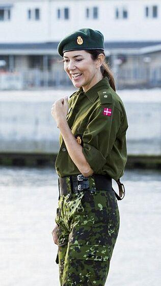 playmette et playboy militaitre du  Danemark  ( juin 2016)..................vive l'europe du nord! 1316c110