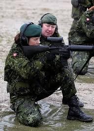playmette et playboy militaitre du  Danemark  ( juin 2016)..................vive l'europe du nord! Images10
