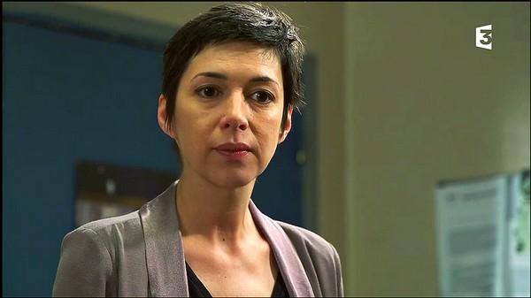 Commissaire Anne Olivieri (par Marie Daguerre) Olivie11