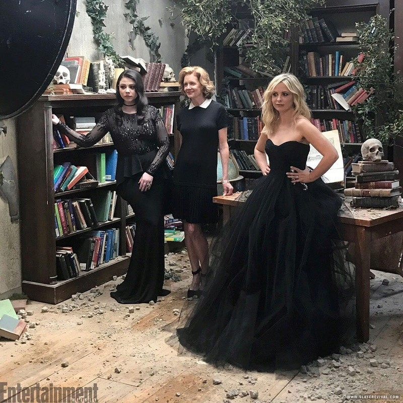"Série ""Buffy"" - Page 6 612"