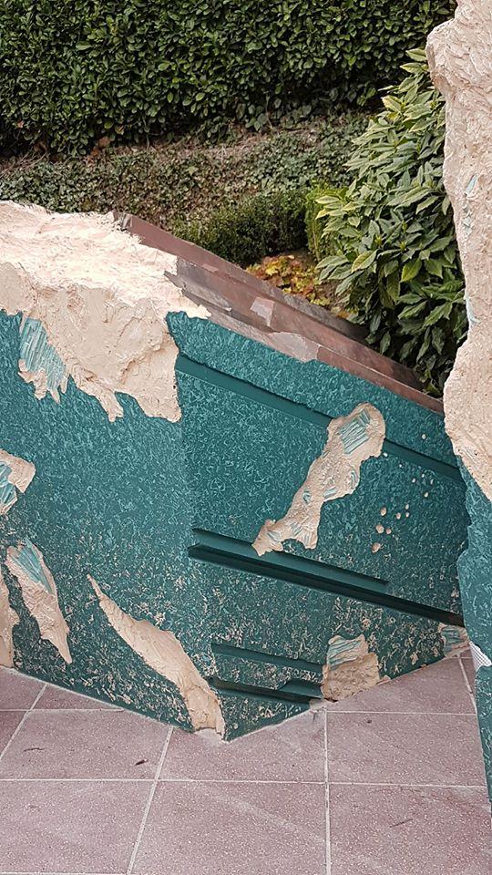 Réhabilitation des rochers à l'entrée de Discoveryland  - Page 10 17424610