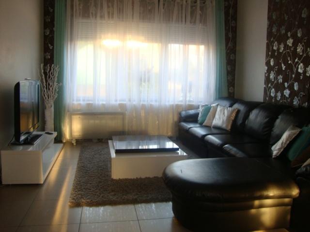 chez Sabri : idée de couleur pour le salon  Salon_10