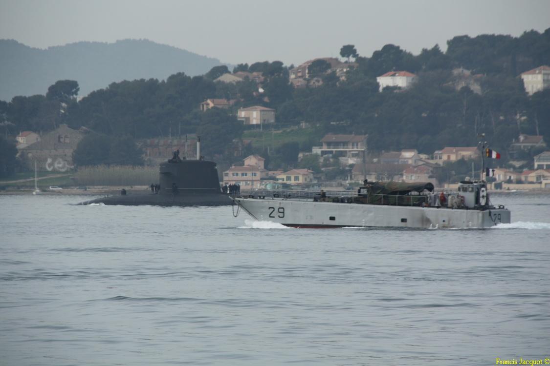 [Les ports militaires de métropole] Port de Toulon - TOME 1 - Page 6 1026