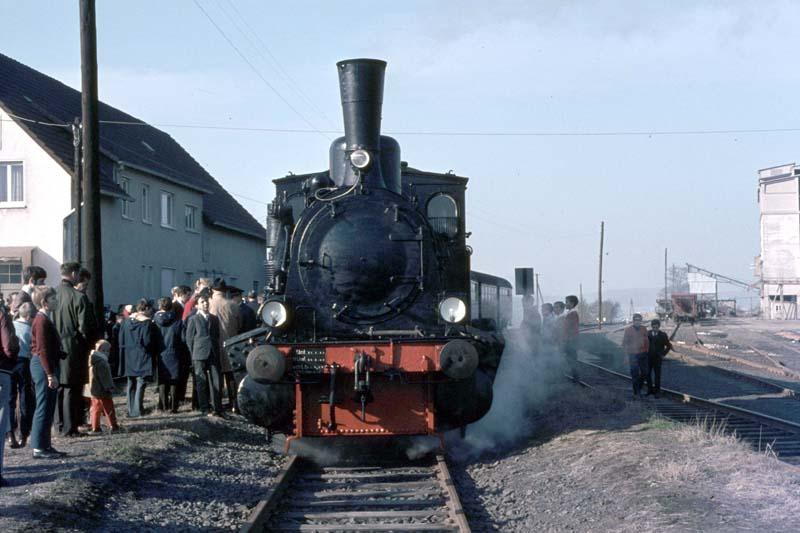 Dampflokabschied bei der Marburger Kreisbahn Dreiha11
