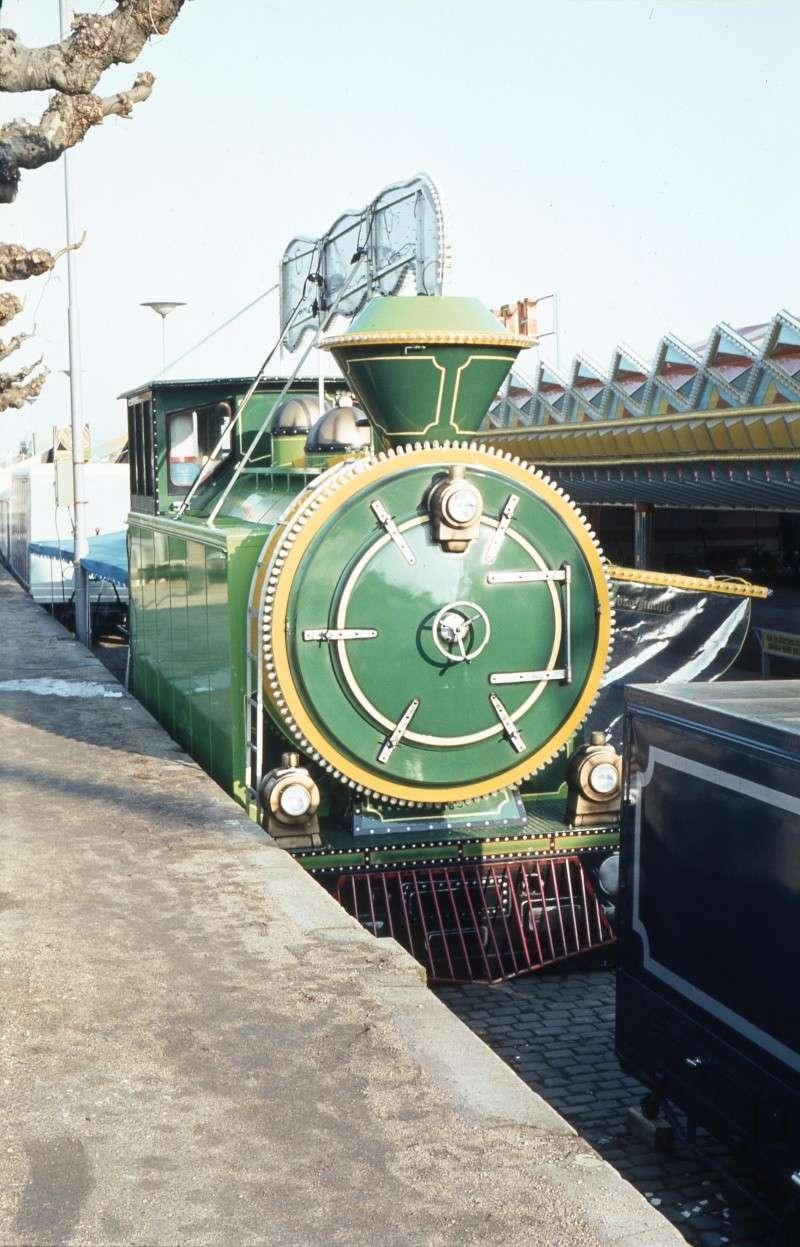 Eine bunte Lokomotive Gs-d-010