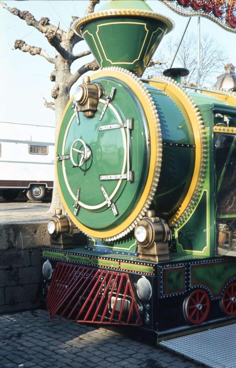 Eine bunte Lokomotive Gs-d-012