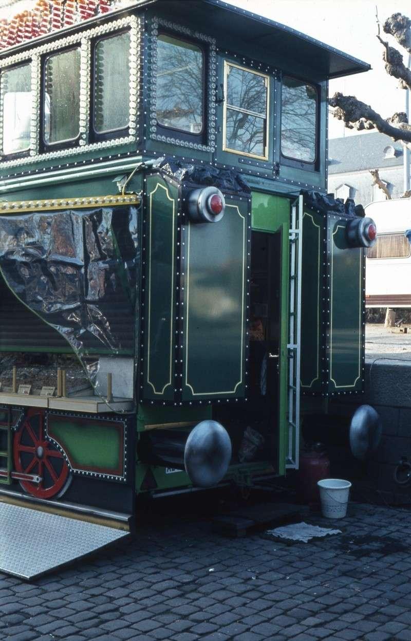 Eine bunte Lokomotive Gs-d-013