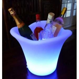 Qui a le plus beau seau à champagne?? Seaux-10