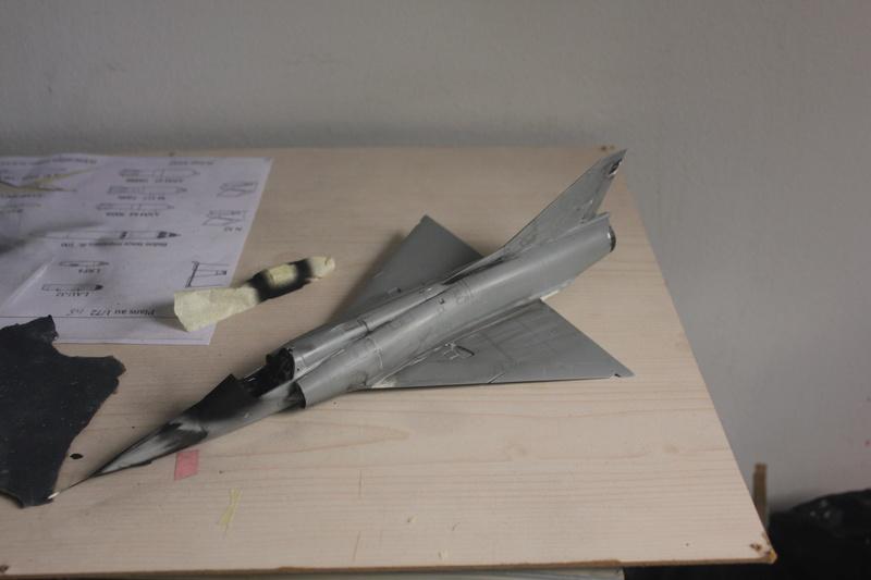 Mirage III ou 5 bien sur....( Kinetic- 1/48 ) Img_2317