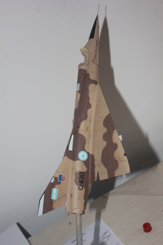 Mirage III ou 5 bien sur....( Kinetic- 1/48 ) - Page 2 Img_2410