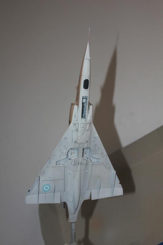Mirage III ou 5 bien sur....( Kinetic- 1/48 ) - Page 2 Img_2413
