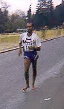 Thirukumaran BALAYSENDARAN : le marcheur aux pieds nus Balays10