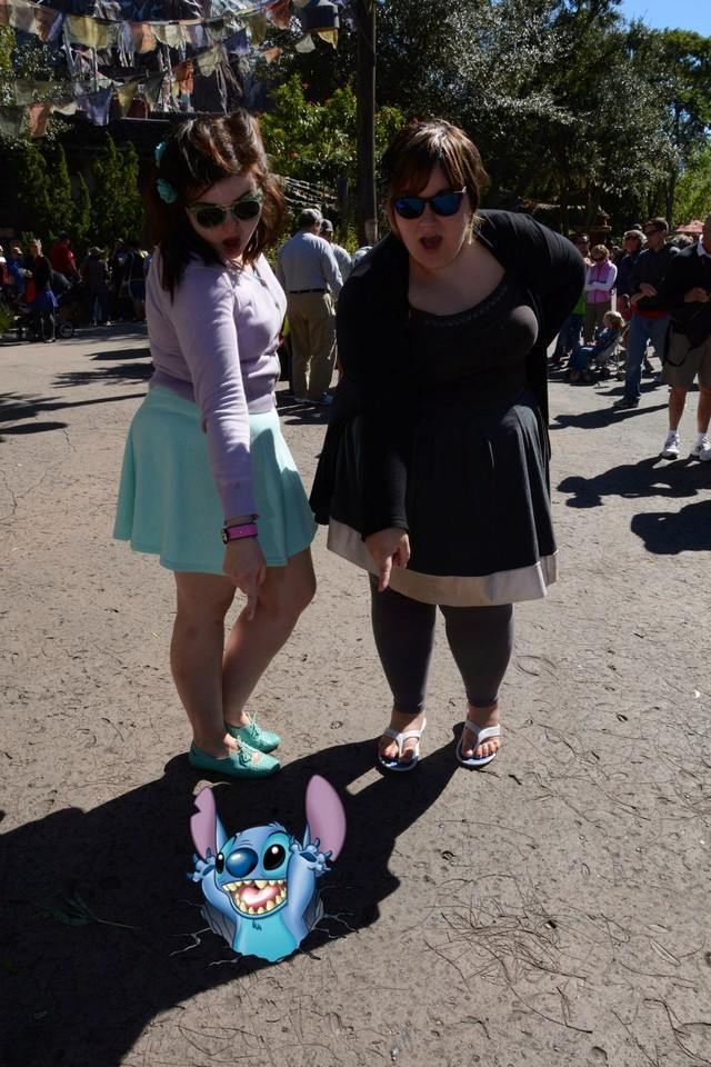 The Girly Belgian Waffles have fun in Louisiana, the Bahamas and Florida (October 2014) - UPDATE: Epcot - Page 42 Ak_evr12