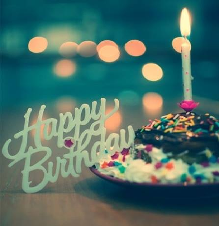 JOYEUX ANNIVERSAIRE !  le post de tous les anniversaires à fêter en choeur, et avec coeur!!!! - Page 36 24693210