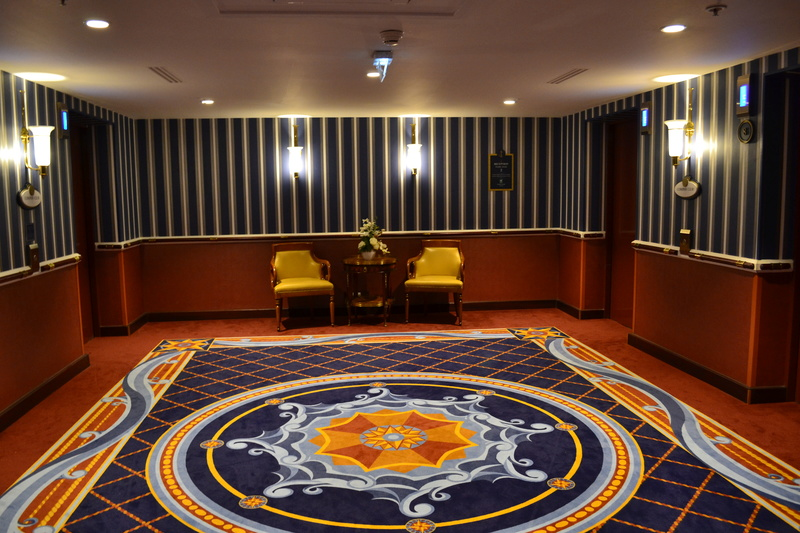 Disney's Newport BAY Club : COMPASS CLUB Dsc_0110