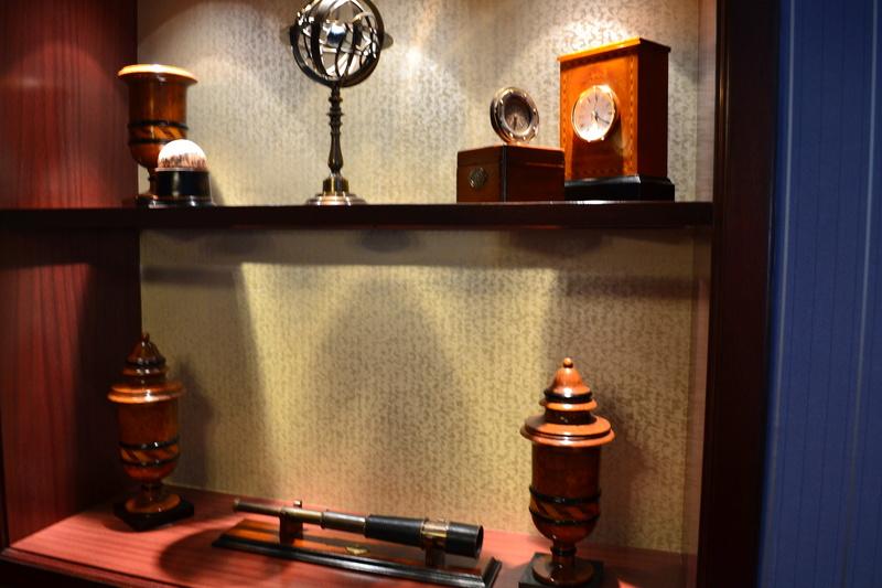 Disney's Newport BAY Club : COMPASS CLUB Dsc_0117