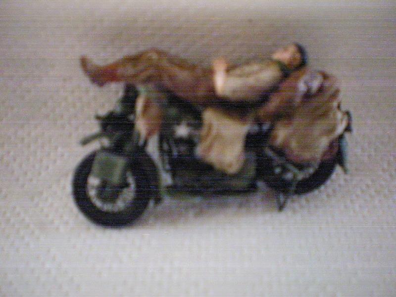 ferme +motos  en normandie Moto_d15