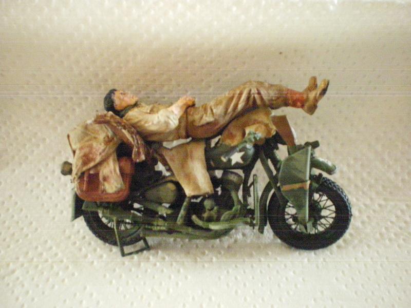 ferme +motos  en normandie Moto_d16