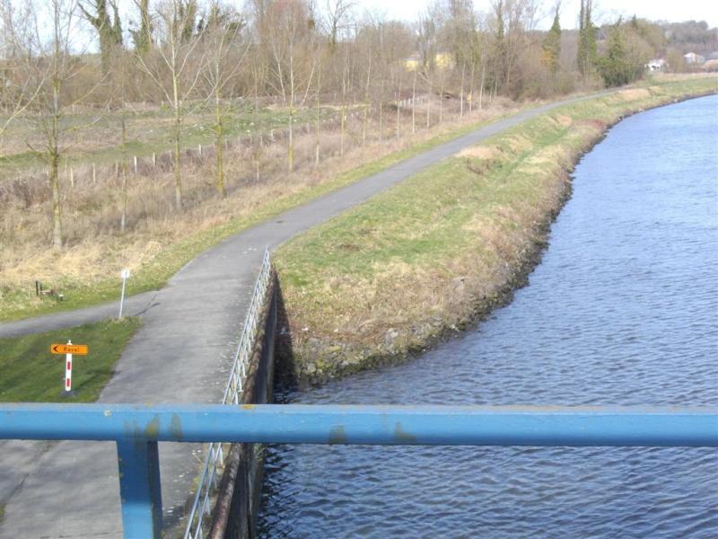 RAVeL 1 Ouest (part 03) Tournai-Blaton 04 Itinéraire N°4 - W4 - Canaux, fleuves et rivières - Partie Tournai - Blaton (RAVeL 1 Ouest) Omleid10
