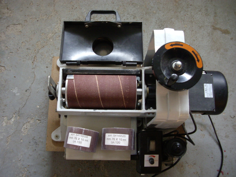 (VENDUE)À vendre ponceuse calibreuse à cylindre  Imgp3426
