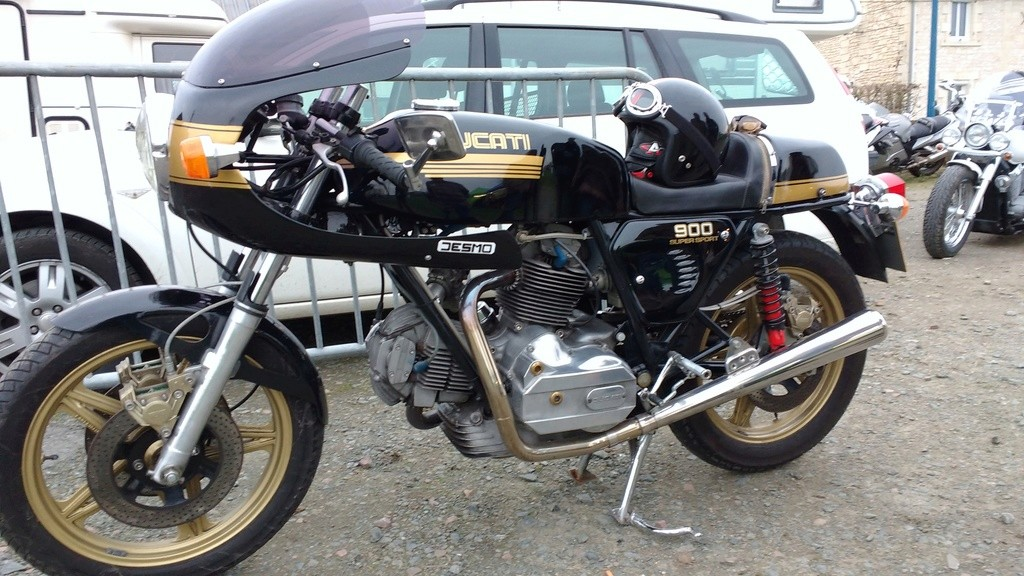 Un gros V twin Img_2028