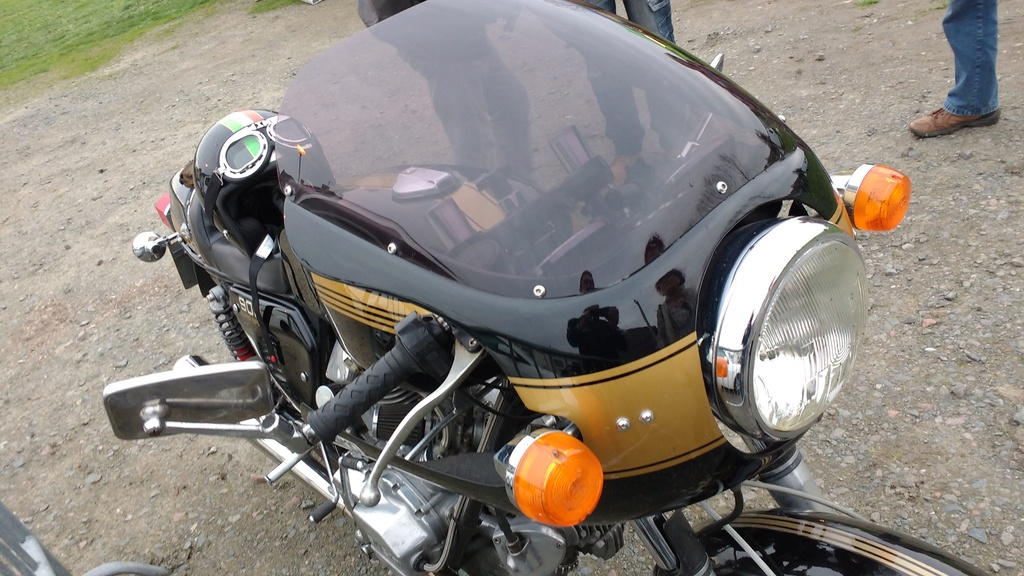 Un gros V twin Img_2029