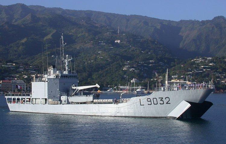 Navire SM Batral10