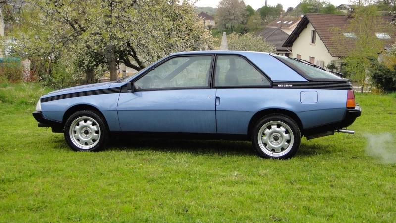 Une Renault plus modeste.... Dsc00119