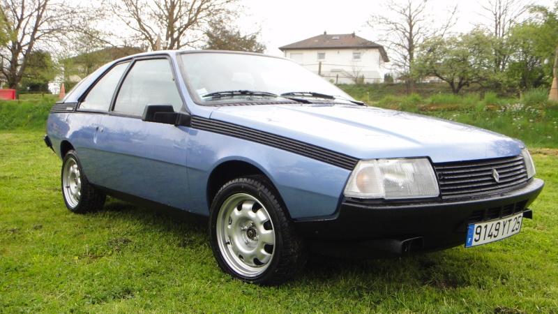 Une Renault plus modeste.... Dsc00120