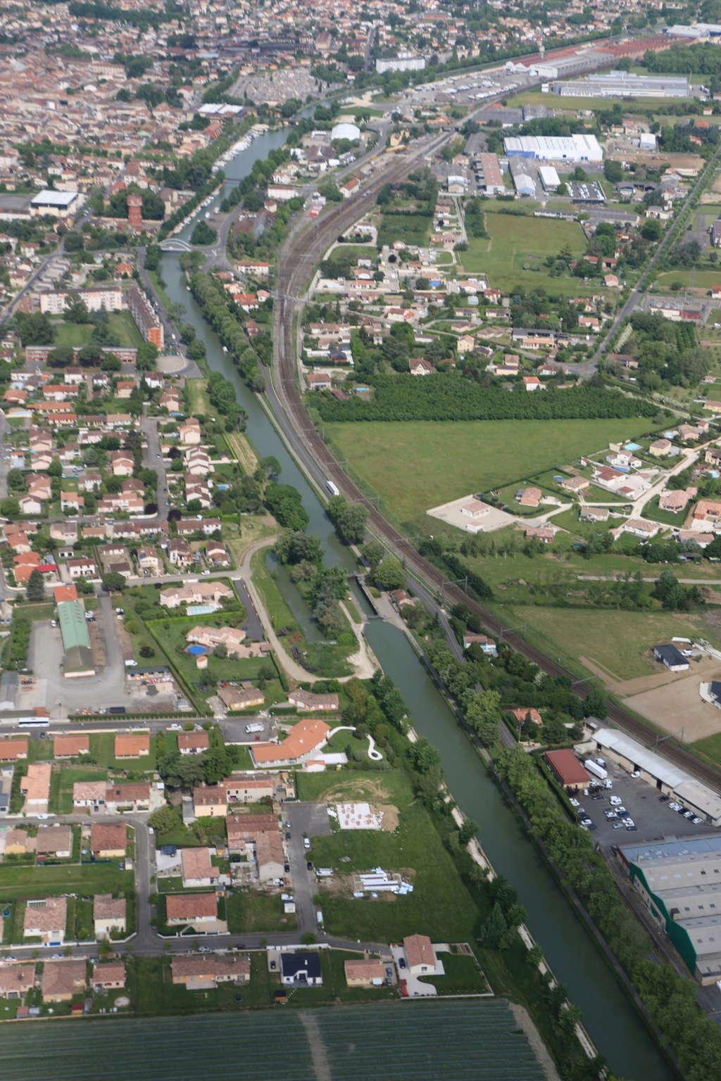 Demi-tour de France en hélicoptère Robinson R44 Img_0231