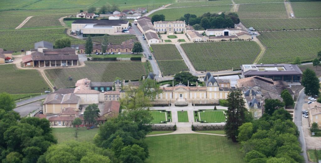 Demi-tour de France en Robinson R44 - Page 2 Img_0247