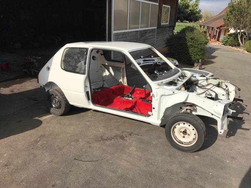 [maxren]  Rallye - 1300 - ex orange - 1989 205r410