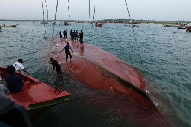 Le naufrage du ferry fait plus de 40 morts-Bangladesh Aaa10