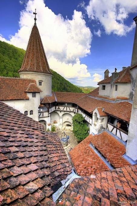 قلعه دراكولا في رومانيا بالصور Imagep59