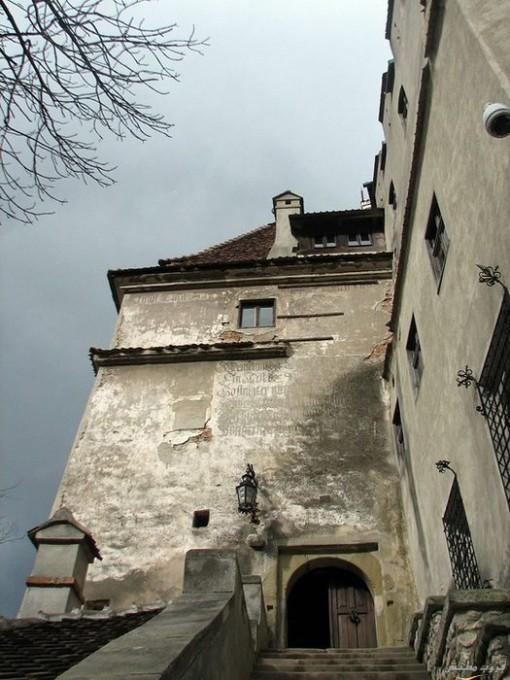 قلعه دراكولا في رومانيا بالصور Imagep62