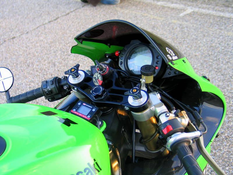 Ducati 750 SS Cafe Racer - Page 21 10r_2_10