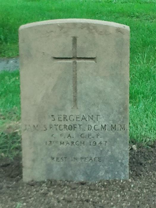 Grave stone of Sgt James Rycroft DCM MM  05_ryc10